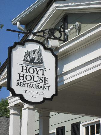 The Hoyt House Restaurant: Hoyt House Sign