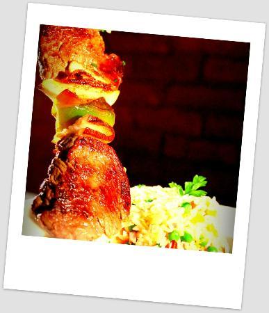 Restaurante Olivinho: Brochete com Arroz à Grega - Olivinho