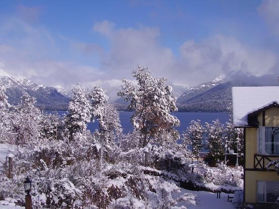 Hosteria Le Lac: Vista Hosteria en nevada
