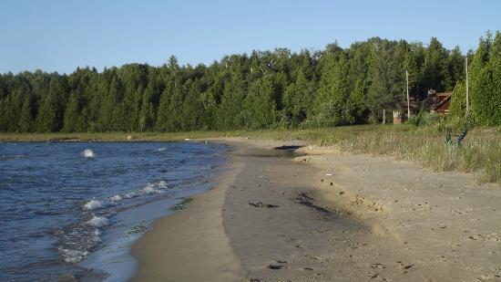 White Sea Resort: Beach not far from resort