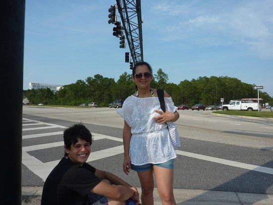 Days Inn Orlando Convention Center/International Drive: Internacional Drive, próximo ao Hotel 