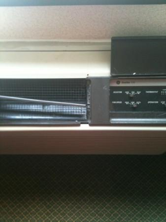 The Milton Hotel: broken AC unit
