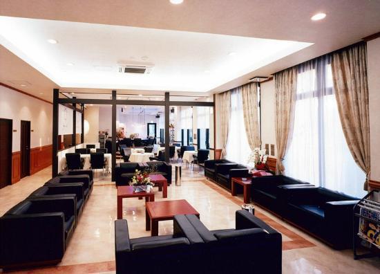 Urban Hotel Tsukuba: ロビー