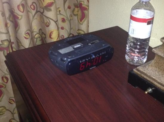Holiday Inn Express Hotel & Suites South Portland: just stupid stuff but really?!? she could not flip my alarm clock ...4 days it sat there like th