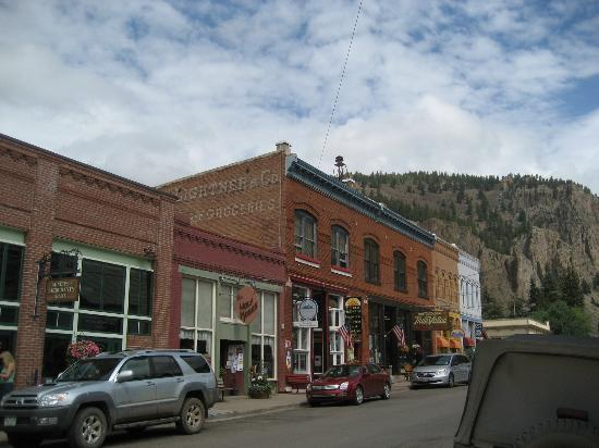 Creede Firemens Inn: View of front of Old Firehouse B&B; top floor are rooms