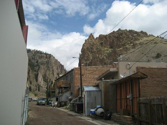 Creede Firemens Inn: View from back alley of rear of B&B; balcony is visible