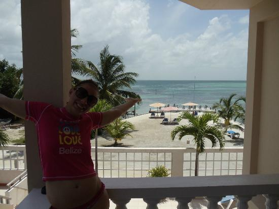 Iguana Reef Inn: A View from our Balcony