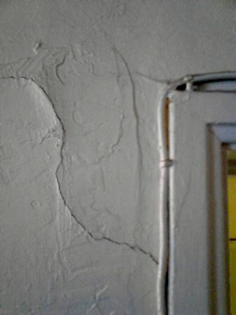 Apache Lodge: wall crack and cable work...