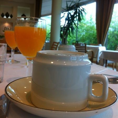 هوتل سانتا ماريا: café da manhã 