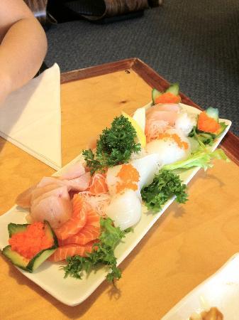 Sake Japanese & Korean Cuisine : Sashimi