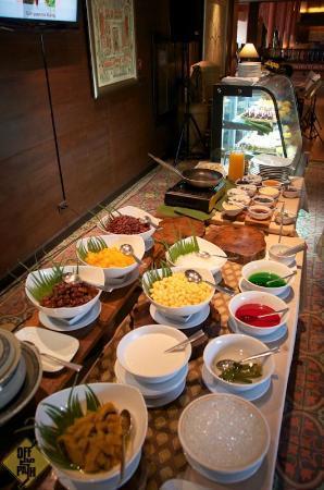 Siripanna Villa Resort & Spa: Sunday Lunch