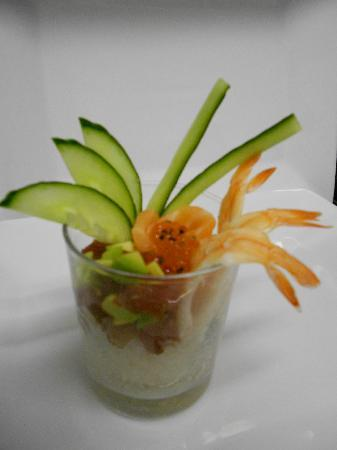 Sushi & Kushi: Sushi im Glas (Chirashi Sushi)