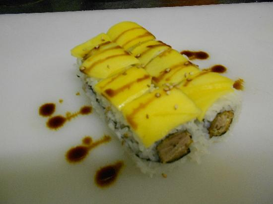 Sushi & Kushi: California I.O. Ente,Erdnuss, Mango-Topping
