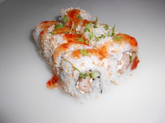 Sushi & Kushi: Hot Chicken California I.O.