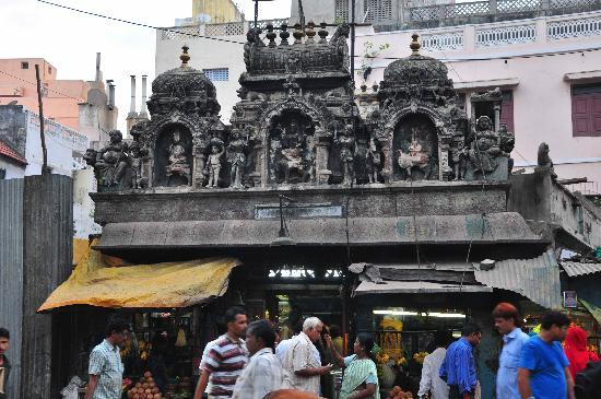 Storytrails : Temple in the North India section of bazaar