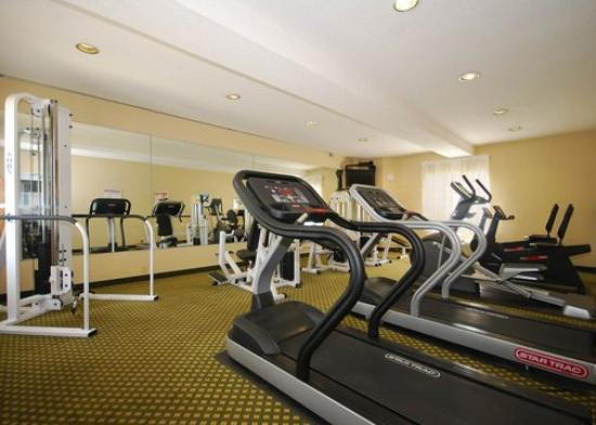 Sleep Inn: Exercise area