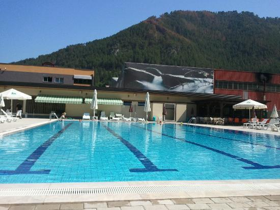 Pool picture of garden city hotel konjic konjic for Garden pool reviews