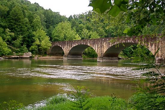Lake Cumberland State Resort Park: Cumberland bridge