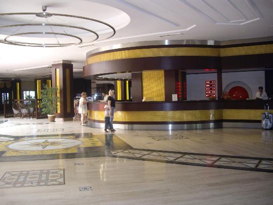 Belconti Resort Hotel : accueil