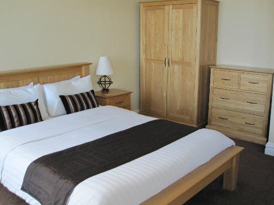 Inglewood : Bedroom 15