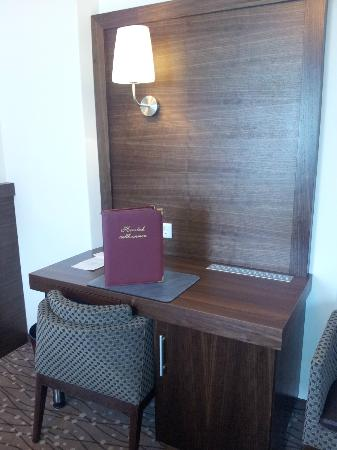 Austria Classic Hotel Hoelle : Schreibtisch