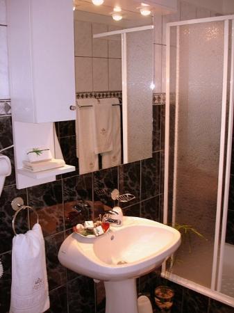 Villa - Hotel ESCALA : Standard room bath