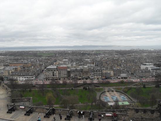 Roam Edinburgh