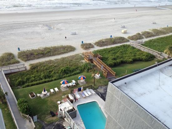 CARNIVAL INN & SUITE @ THE BEACH - Condominium Reviews