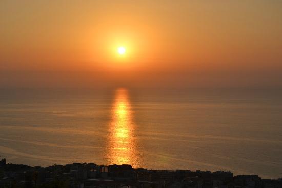 Gasponi, Italie : TRAMONTO DALLA CAMERA