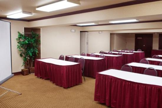 Best Western Plus Orchid Hotel & Suites: Town Meeting Hall