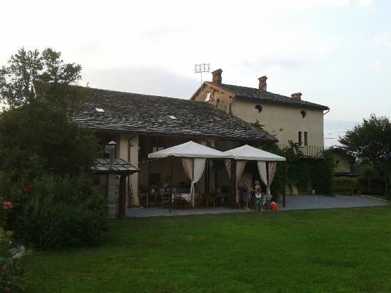 Boves, Italy: Vista esterna