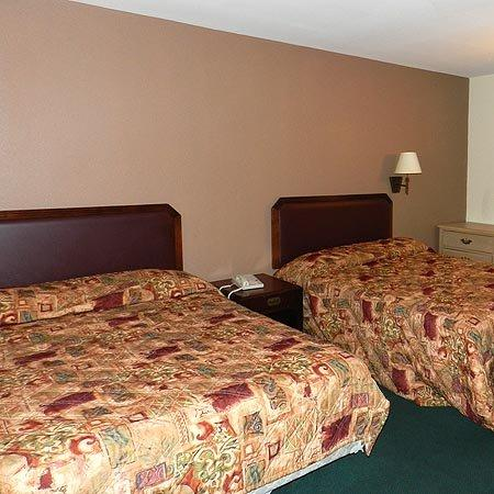 Viking Motel: Beds