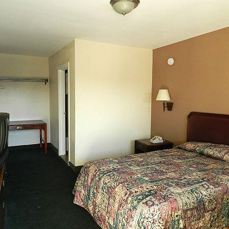 Viking Motel: Single Bed