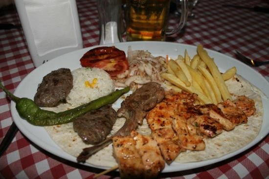 Serhan Hotel: Turkish Special Kebab