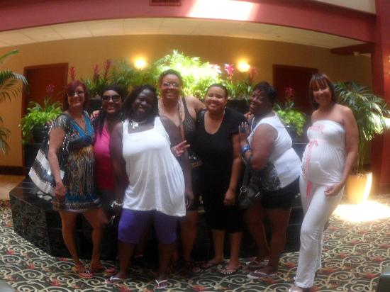 Embassy Suites by Hilton Williamsburg: Staff took time to take photos when we arrived and as you can see we are happy
