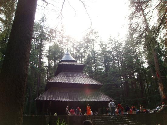 Kunzam Hotel: Hidmba Devi Temple