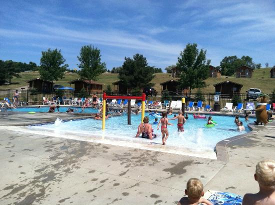 Yogi Bear's Jellystone Park Camp-Resort of Sioux Falls: Sioux Falls Yogi Bear campground pool