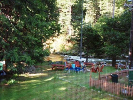 Sierra Inn: View from bathroom