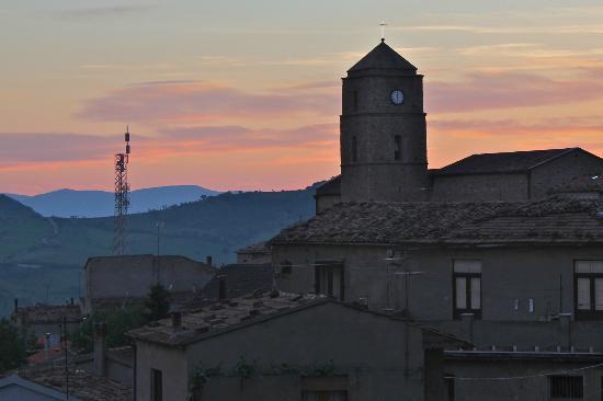 Il Frantoio : Sunset from bedroom window