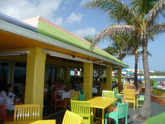 Compass Point Beach Resort: Restaurant at Compass Point Resort