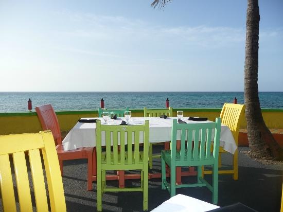 Compass Point Beach Resort: Restaurant at Compass Point