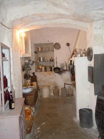 L 39 interno di una casa costruita nei sassi foto di sassi for Interno di una casa