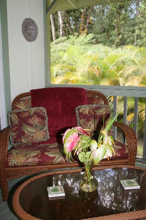 The Ohia House: The Lanai