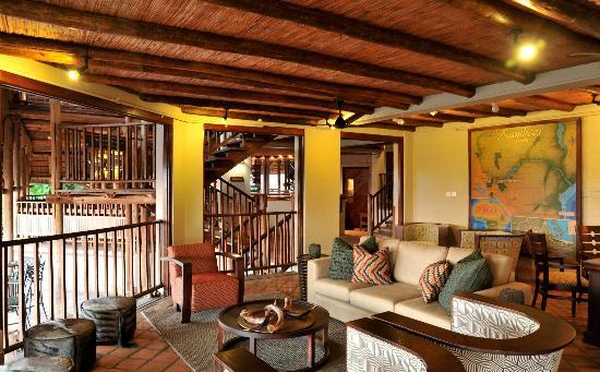Victoria Falls Safari Lodge: Activities Desk