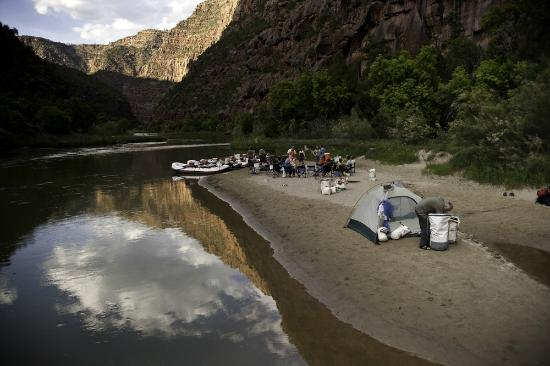 Holiday River Expeditions - Utah River Rafting : Lodore Canyon