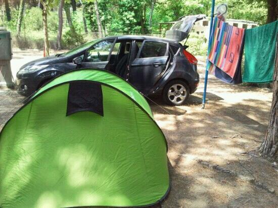 Piomboni Camping Village: esempio di piazzola una tenda pi? auto