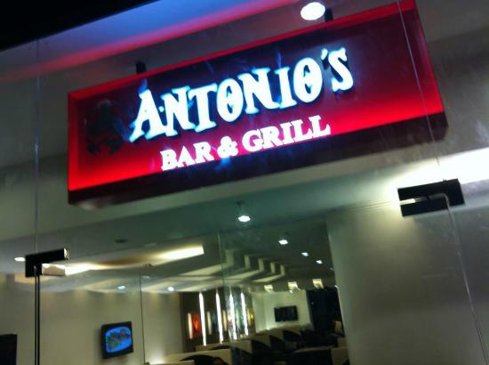 Antonio's Bar and Grill: Branches are in Torres St and SM City Mall