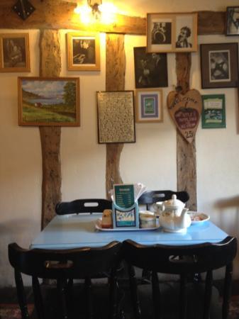 Sweetmeats Tea Rooms: upstairs café
