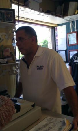 """Nene's Kitchen : The Man """"Bobby"""" Owner"""