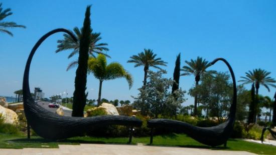 The Dali Museum: Dali's Mustache and garden